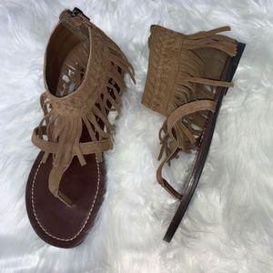 Minnetonka Brown Suede Fringe Braided Sandals SZ 6